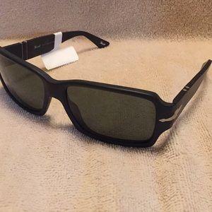 New Persol sunglasses Guaranteed Authentic